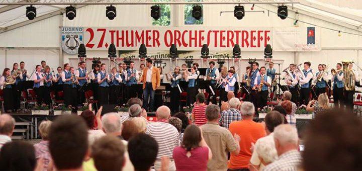 Die Bläserphilharmonie Thum auf der Bühne – …