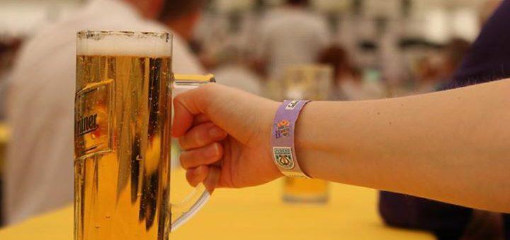 Sonnenschein und kühles Bier